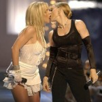 madonna_britney_spears_kiss
